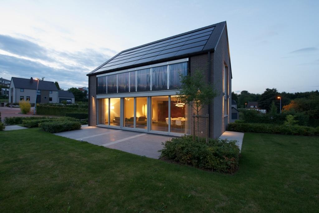 maison z ro nergie premi re en belgique construction t palm expomaison. Black Bedroom Furniture Sets. Home Design Ideas
